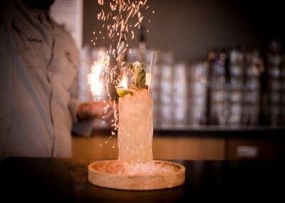 3-gangen + cocktail   Takeaway